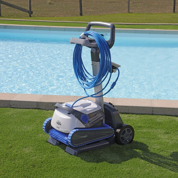 Comment bien entretenir son robot piscine for Robot piscine sur batterie